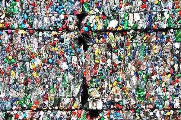 塑料变燃料?!阿姆斯特丹港将为船舶提供塑料燃料