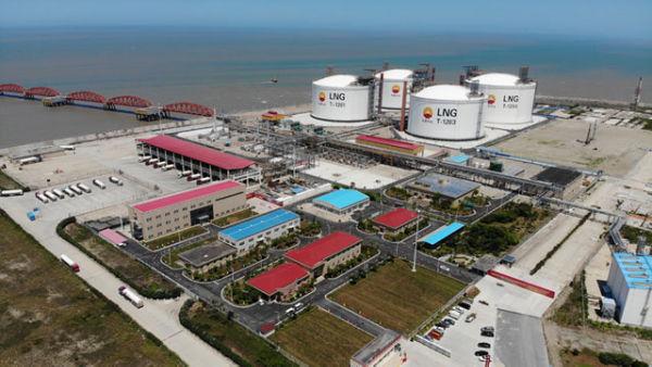 中俄能源合作结硕果 首船亚马尔LNG运抵江苏